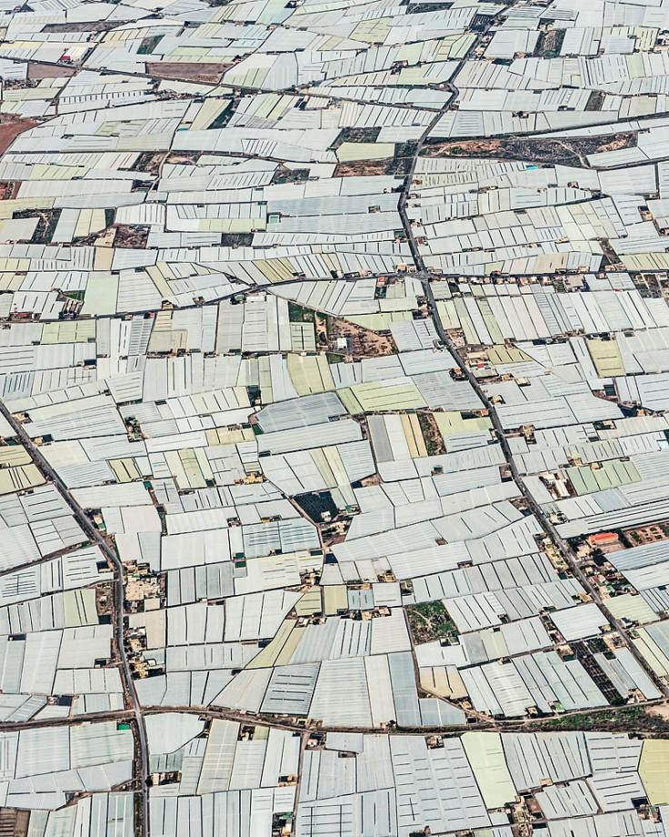 "La ""mer de plastiques"" à Almeria (Espagne), s'étend sur 40 000 ha de serres"